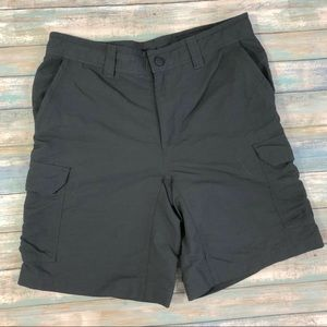 The North Face Men's Charcoal Gray Cargo Shorts 30